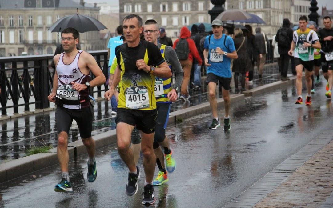 Marathon Bordeaux 18 14 15(58)
